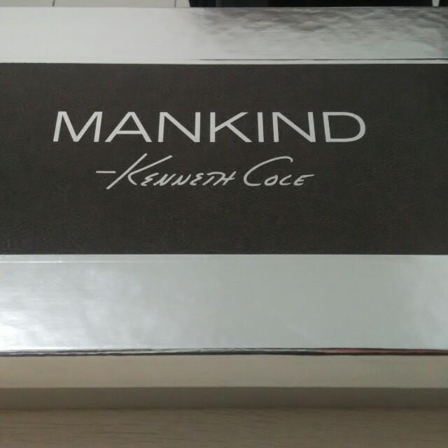 Kenneth cole mankind gift set.