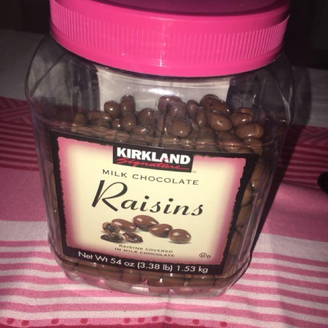 KIRLAND Milk Chocolate Raisins