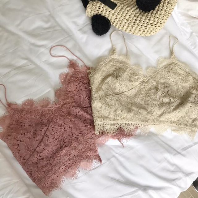 Lace cropped top