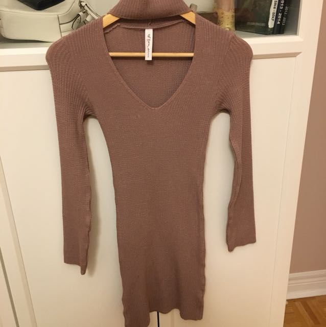 Mauve knit chocker dress