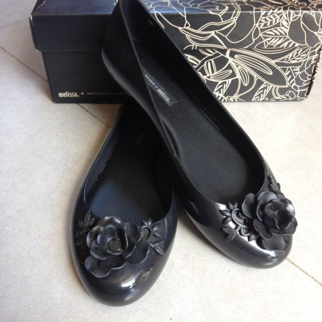 Melissa Ah Flower Shoes in black
