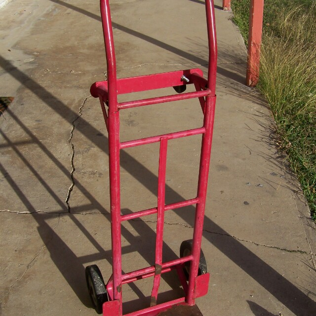 Milwaukee 2 in 1 Steel Hand Truck or Dolly