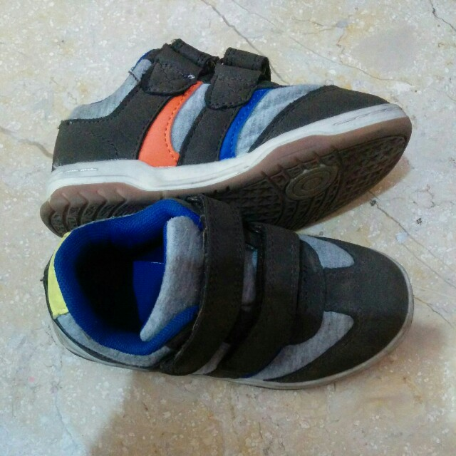Mothercare sneaker size 28