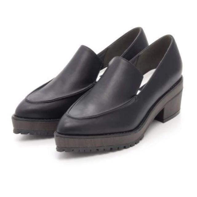轉賣日本murua黑色皮質英倫紳士復古厚底鞋低跟鞋樂福鞋