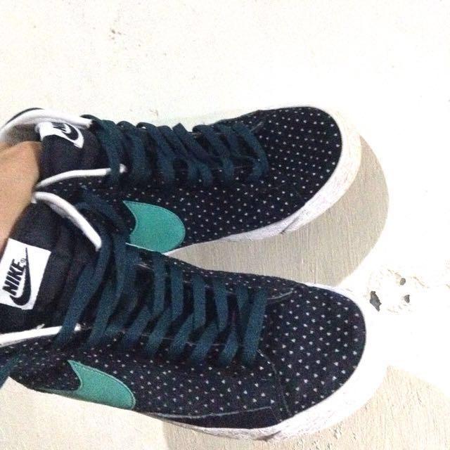 Nike Shoes (Orig)