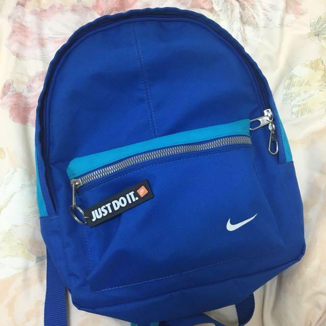 (買一送一)Nike小後背包送Nike腰包