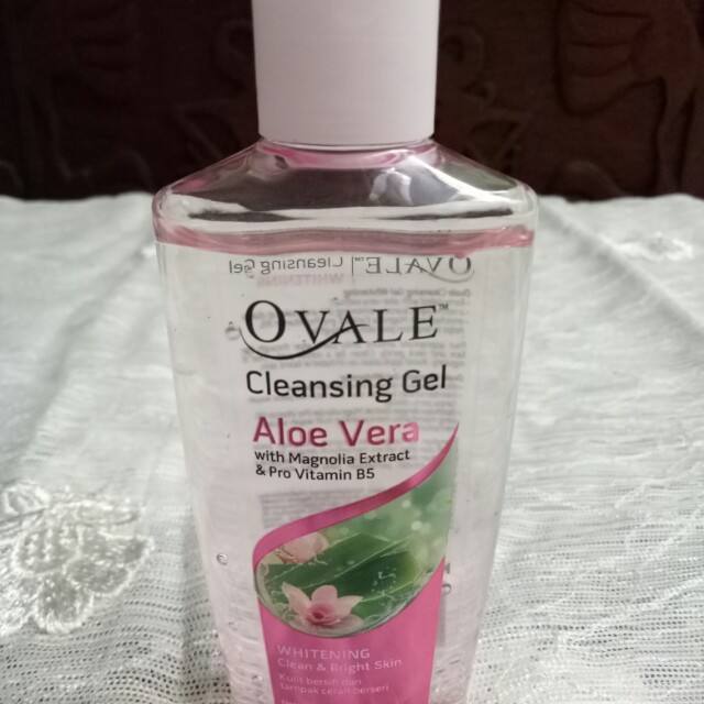 Ovale Aloe Vera Cleansing Gel / Makeup Remover