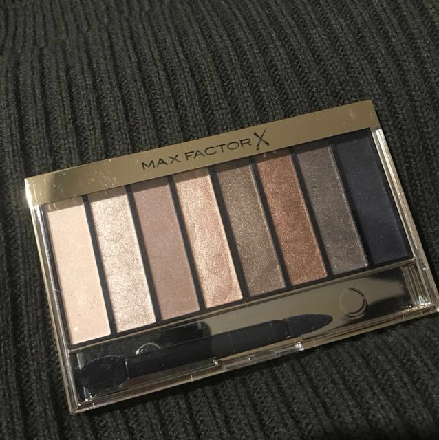 Reduced price!!! Max Factor Nude Masterpiece Nude Palette in Golden Nudes