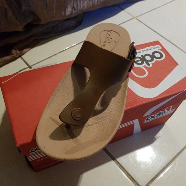 Sandal Ode coklat size 42