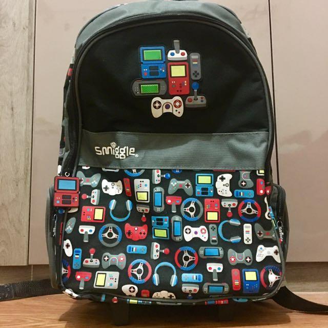 SMIGGLE Lit-Up Trolley Backpack