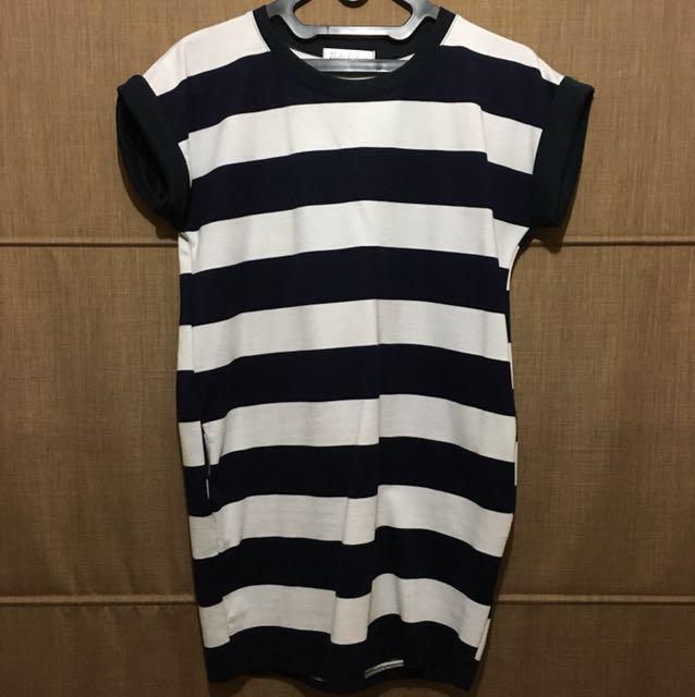 Stripe mini dress ( LIKE NEW )