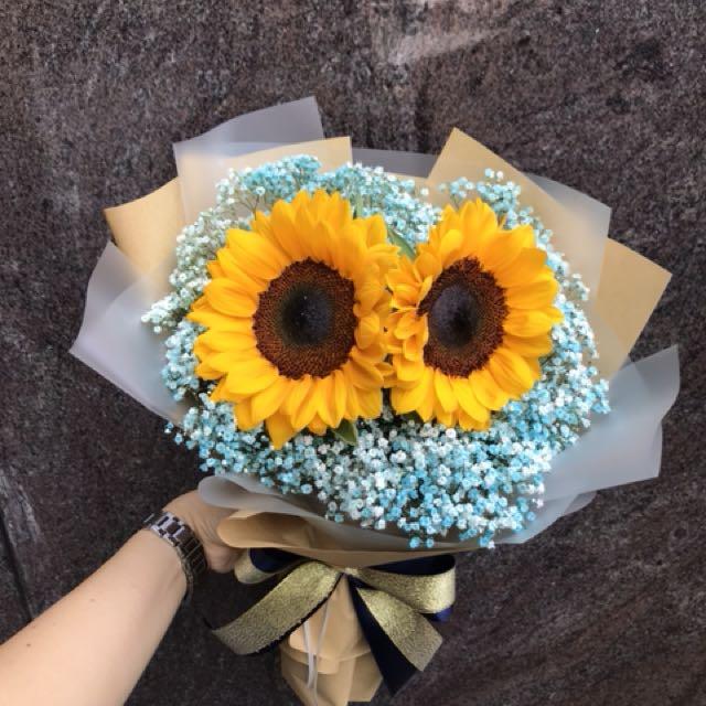 Sunflowers bouquet