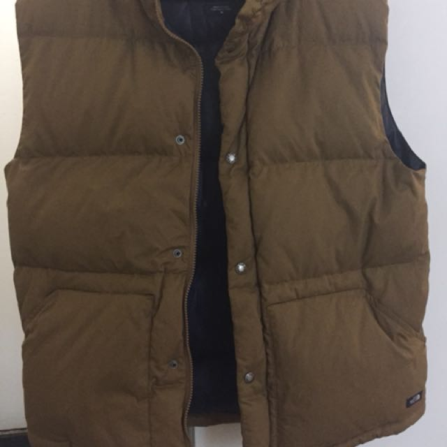 The Nord face hiking coat. M size
