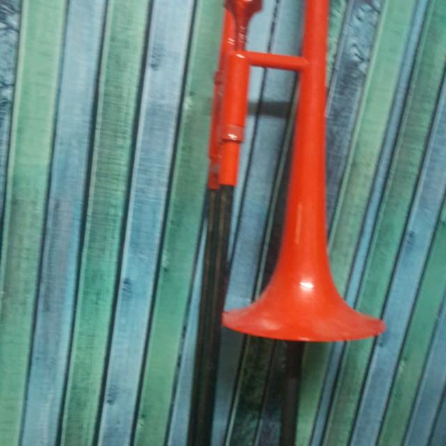trombone by tromba pro (plastic trombone sound good)