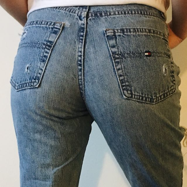 Vintage High-Waisted Tommy Hilfiger Jeans