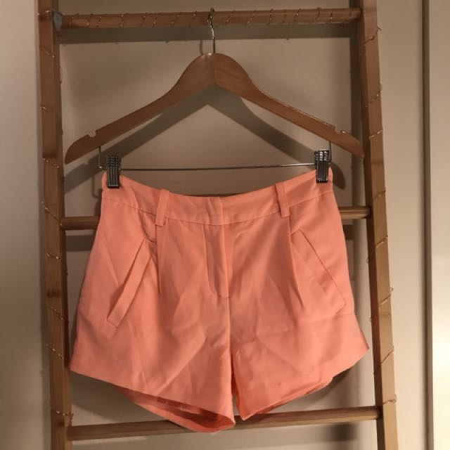 Witchery pink silky shorts