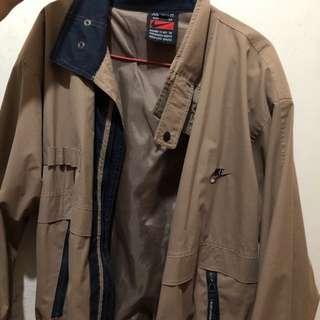 Nike 古董外套 jacket 十多年前購入