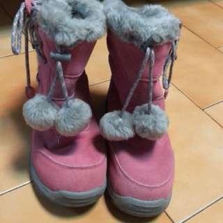 Hi-TEC 機能毛球雪靴