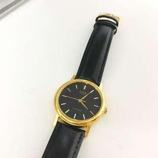 Casio 仿皮復古錶