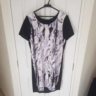 Decjuba dress BNWT size 12