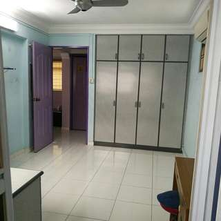 Masterbed room with attached toilet in Woodlands for rental