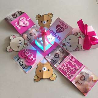 Rilakkuma Explosion Box With Lighthouse & 2 Pull Tabs in pink