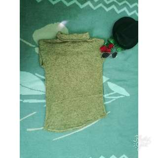 Knitted Turtle Neck Top (Small-medium)