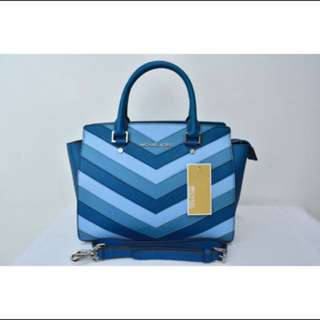 Michael Kors Selma Chevron ( Authentic )