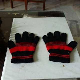 Black N Red Hand Gloves