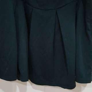 Selling Zalora black skater skirt