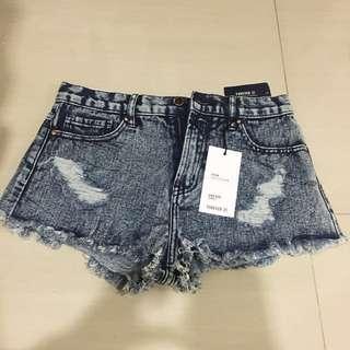 BNWT F21 denim washed high rise shorts