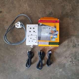 Lightning insulator