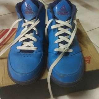 Original Peak basketball shoes