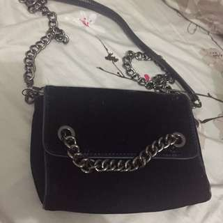 Preloved used once zara sling bag bludru