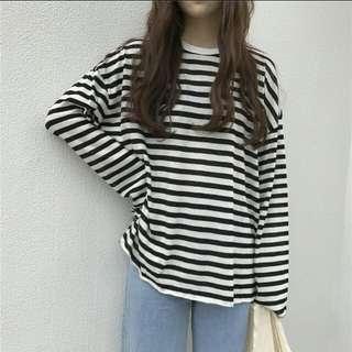 BLACK & WHITE Striped Pullover