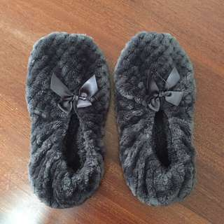 Fluffy quilted slipper