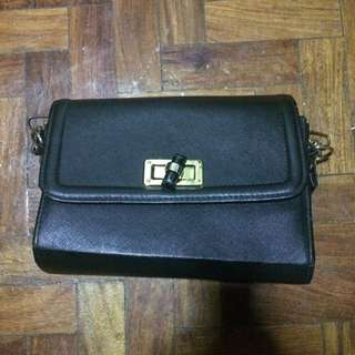 Bangkok Black Bag Sling Body