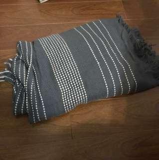 Grey dots blanket scarf