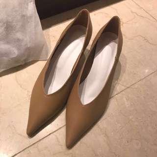 🚚 正韓🇰🇷超質感尖頭跟鞋