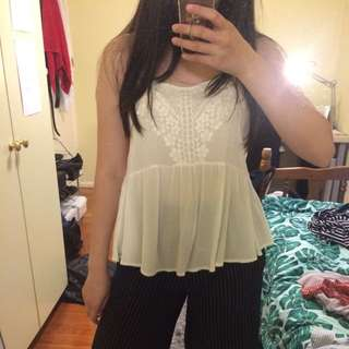 Size 14 dotti lace top