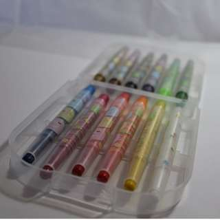 Pack of twist crayons