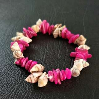 NEW Sea Shell Stretch Bracelet - Beach, Hawaii, Summer Holiday, Elastic, Hot Pink