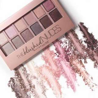 Maybelline The Blushed Nudes Eyeshadow Pallet