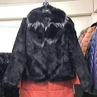 🚚 狐狸毛領兔毛外套黑