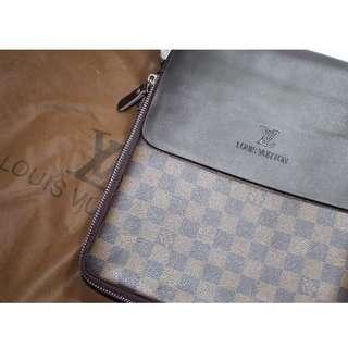 LV Damier Canvas Messenger Bag