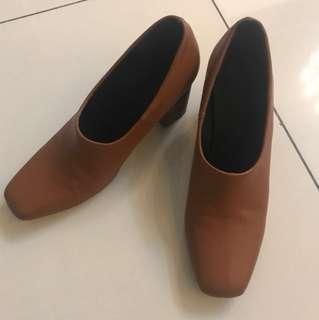 Brown heels, size 38