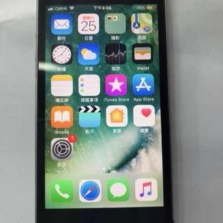 iPhone 5S 32G 約90%以上新淨 只有數十台 特價清貨中 可作後備電話或送禮 父母小孩用 日本機已解鎖 4G LTE 上網電話 所有電話台都可 跟充電線一條