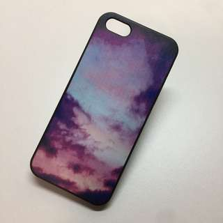 [WTS] IPhone 5s/5 purple sky phone cover