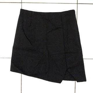 New assymetrical cut skirt