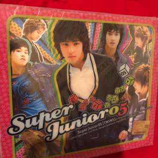 Super Junior 05- Twins